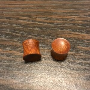 Real wooden plugs